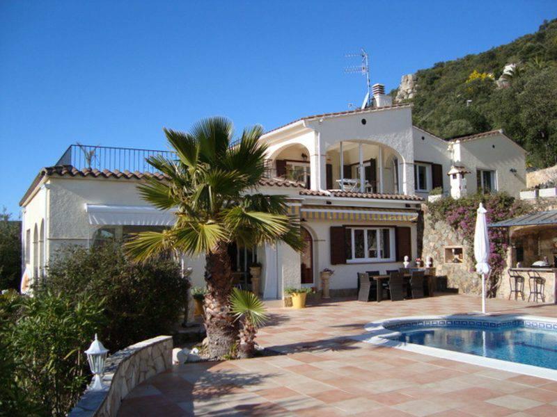 Недорогая недвижимость в испании коста брава
